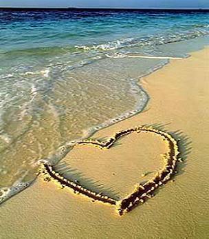 heart_beach